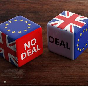 brexit-deal-or-no-deal-concept-united-kingdom-and-european-union-on-picture-id1135033237